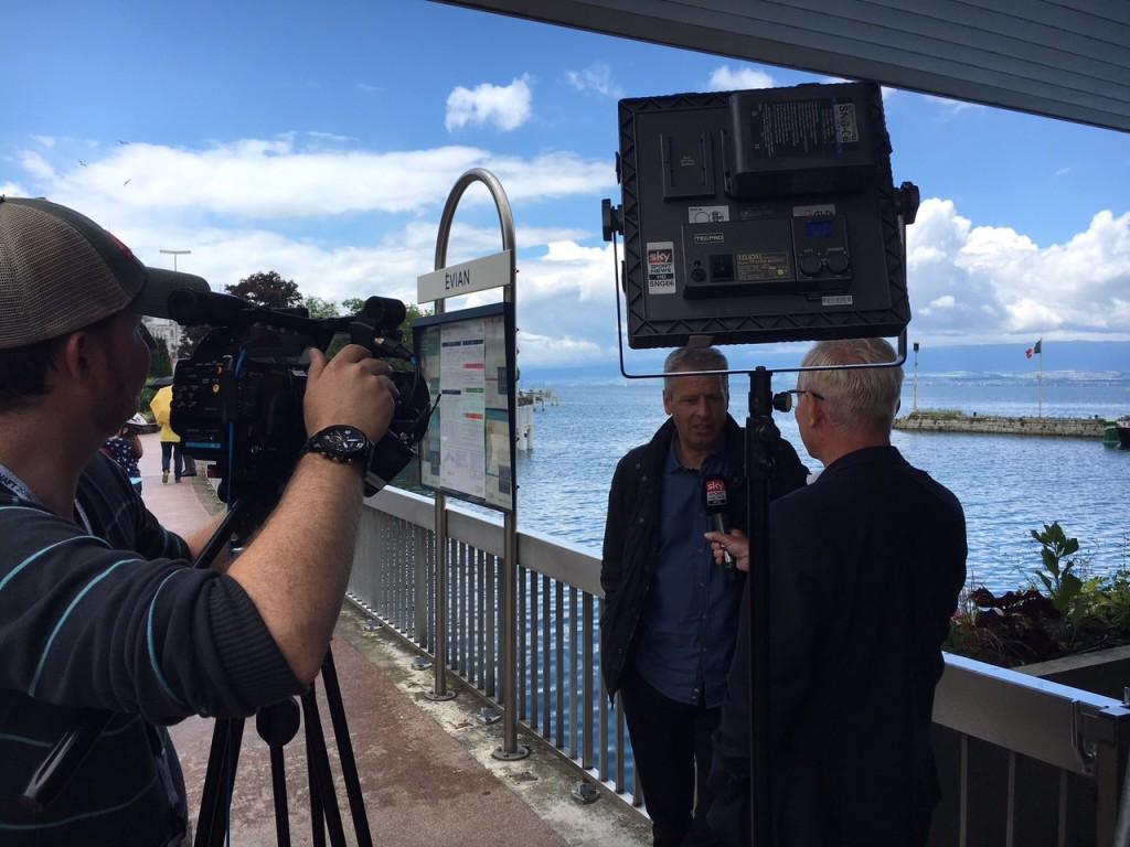 Sky_Uli im Interview mit Favre
