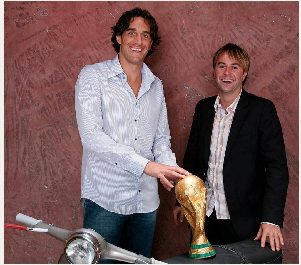 … und den WM-Pokal gleich mit