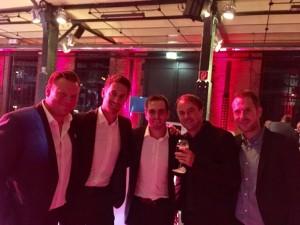 Runde mit lieben Wegbegleitern (von links): Max Breitner, Tobias Altschäffl, Philipp Lahm, Holsten Pilsner, Sven Westerschulze