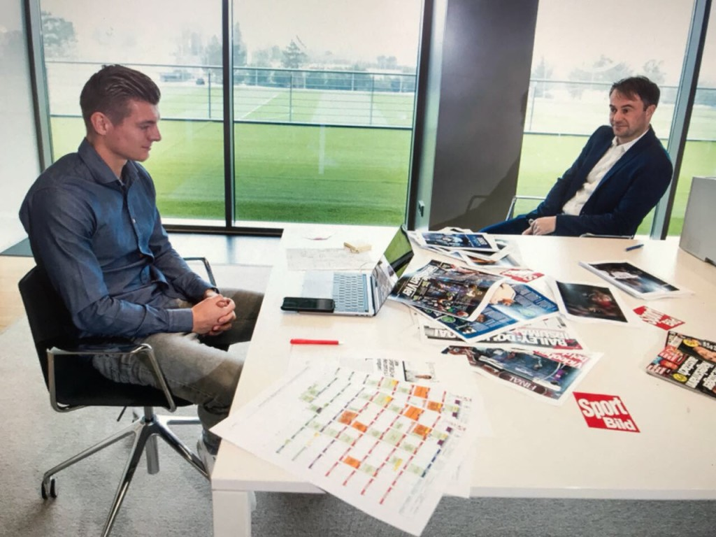 Face-Time: Krooas at Interview with Matthias Sammer, who is sitting in our office in Munich