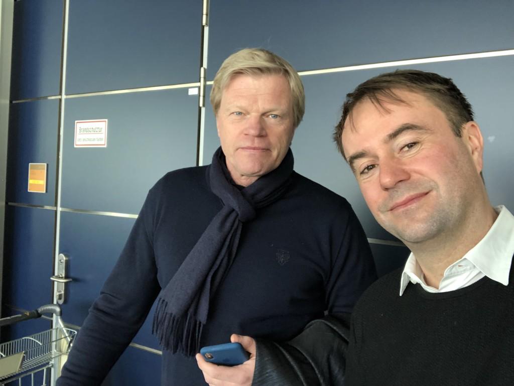 Flog mit mir zusammen zum Topspiel ein: ZDF-Experte Oliver Kahn