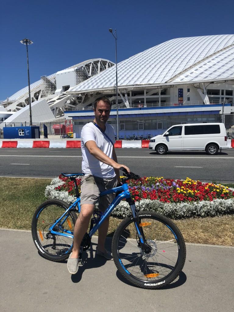 Mit dem Fahrrad ins Stadion