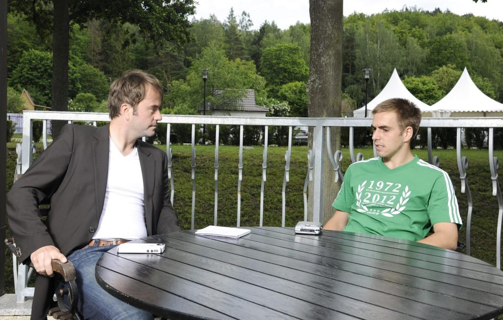 DFB-Kapitän Philipp Lahm empfängt mich 2012 im EM-Quartier der deutschen Mannschaft in Polen